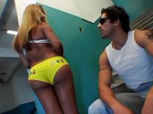 Gorgeous blonde shemale licked by amatuer guy