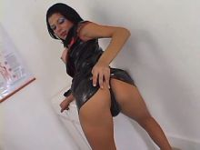 Nurse shemale in black latex catches poor patient